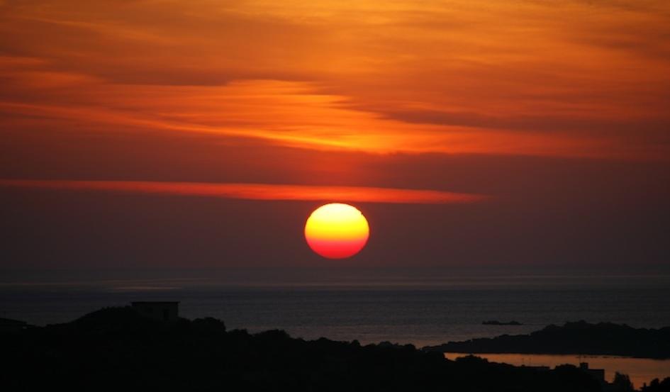 Sunrise II / Isola di Tavolara, Sardegna